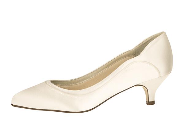 Find de rigtige sko til bryllupsdagen Bryllup