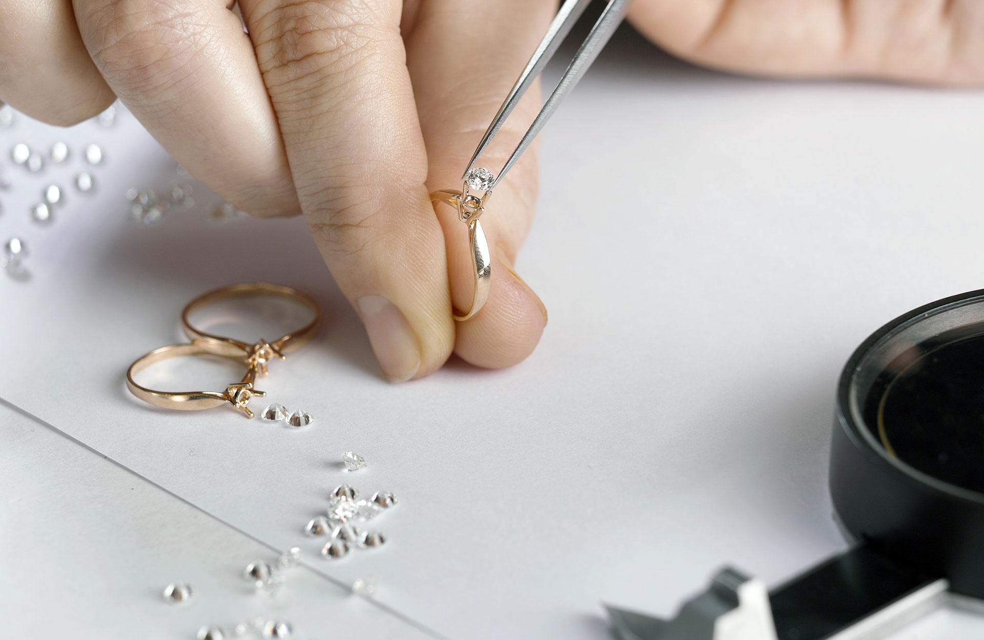 Diamant - vielsesringe - fatning